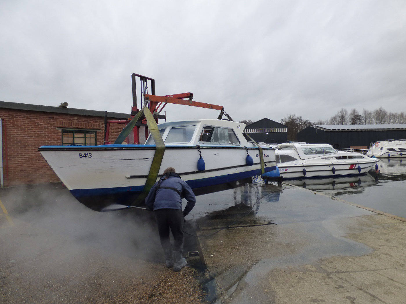 Day boat pressure washing