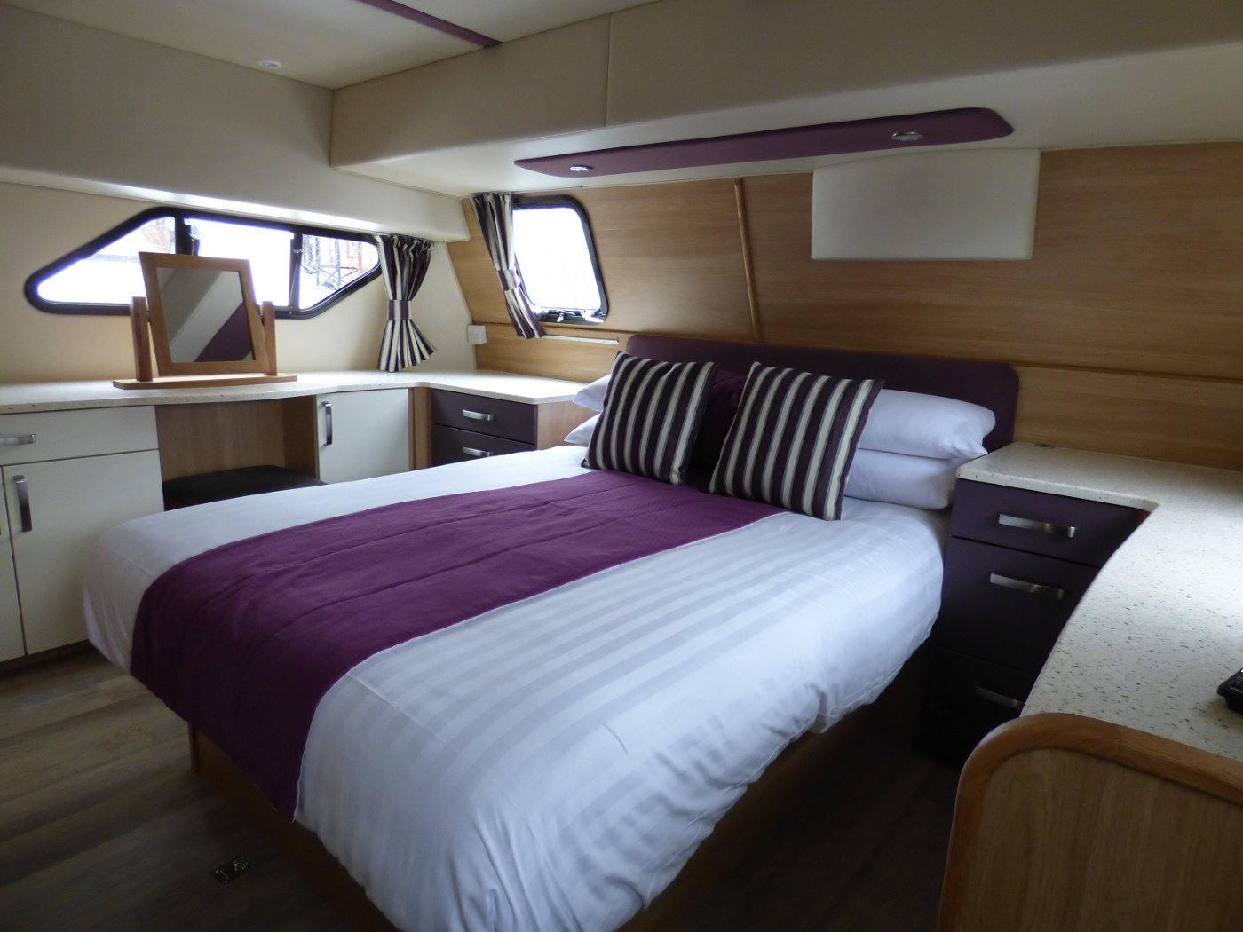 Norfolk Broads Holiday Cruiser cabin