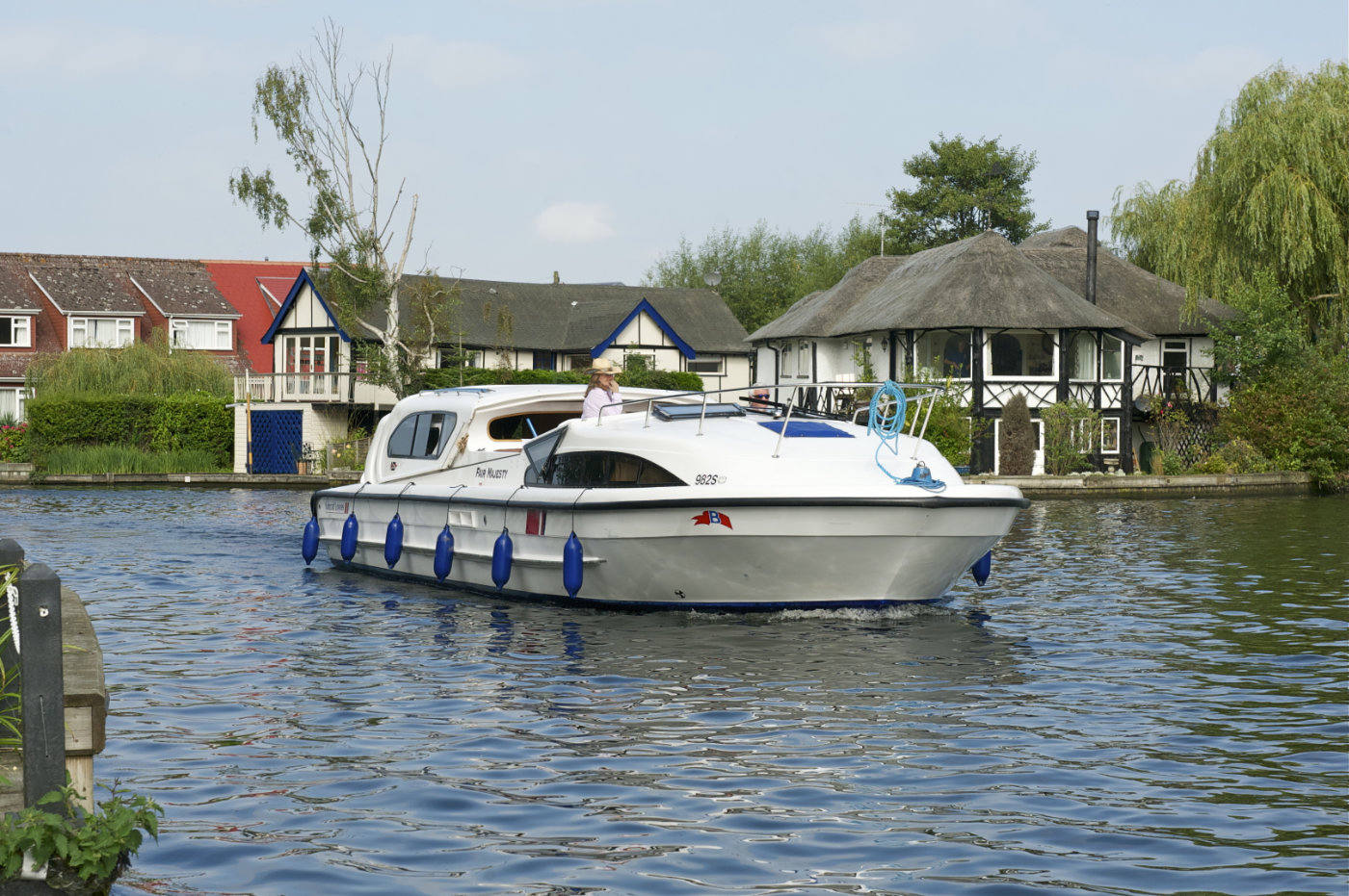 fair majesty norfolk broads boat hire