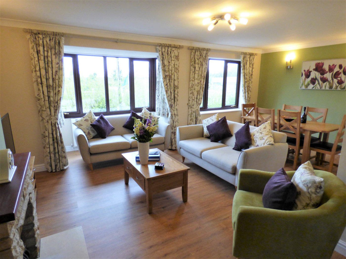 Bure Lodge Holiday Home in Wroxham