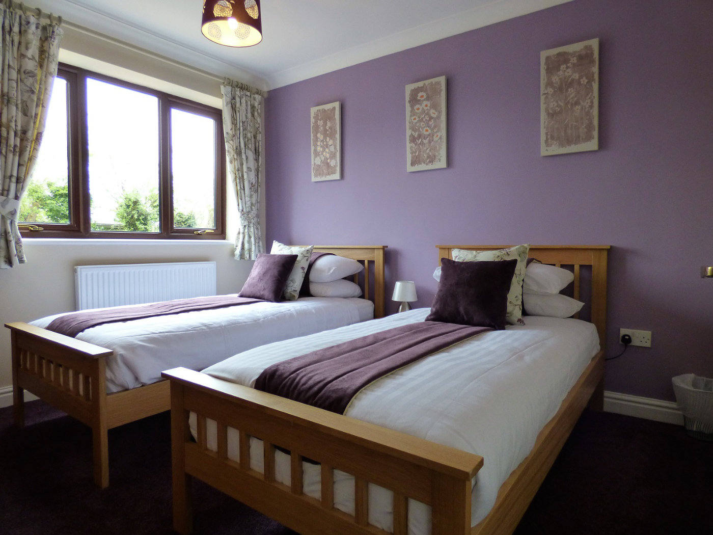 Twin bedroom at our Wroxham holiday cottage