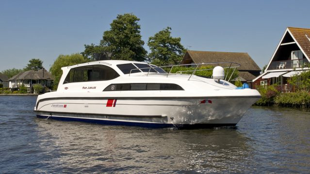 Fair Jubilee Cruiser on the Broads
