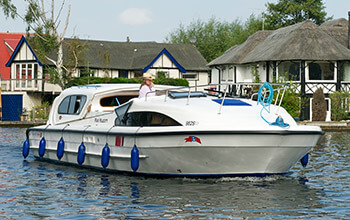 Fair Majesty Broads boat hire
