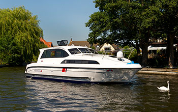 Fair Executive norfolk broads holiday boats