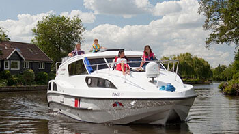 boat hire norfolk broads