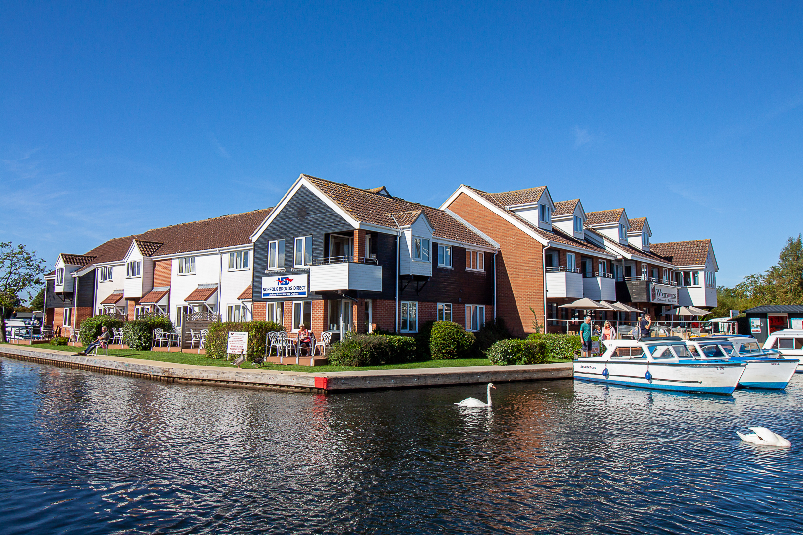 norfolk broads holiday homes
